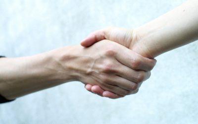"Polyamorous Relationship Coaching Tips: ""Poly FAQs On Meeting My Metamour"""